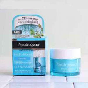 Neutrogena - kem dưỡng ẩm màu xanh