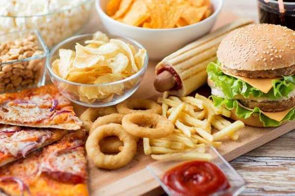 Thực phẩm gây táo bón