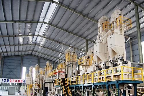 Nhà máy sản xuất gạo đạt chuẩn