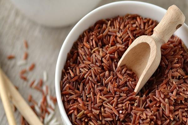 Gạo lứt đỏ huyết rồng - siêu ngũ cốc cho sức khỏe