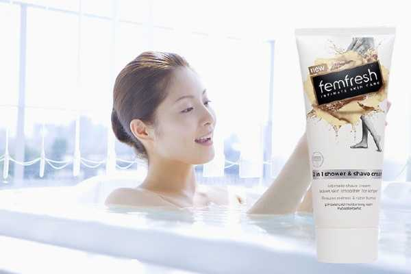 sữa tắm femfresh 2 in 1