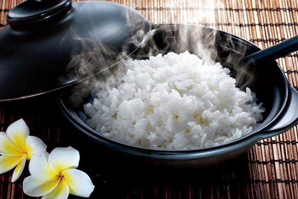 Gạo ST25 cho ra cơm trắng, dẻo, thơm mùi lá dứa