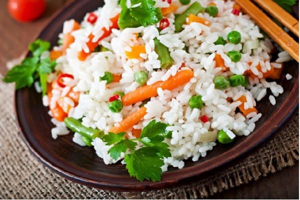 Món cơm chiên rau củ từ gạo ngon nhất thế giới st25