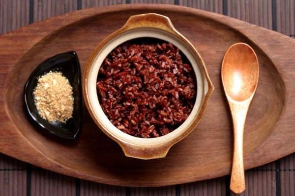 Gạo lức là một loại thực phẩm rất thích hợp cho bệnh nhân tiểu đường