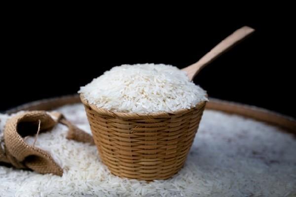 Gạo ST25 là loại gạo lúa thơm đặc sản của tỉnh Sóc Trăng do nhóm kỹ sư nông nghiệp Hồ Quang Cua nghiên cứu và lai tạo trong suốt hơn 25 năm.