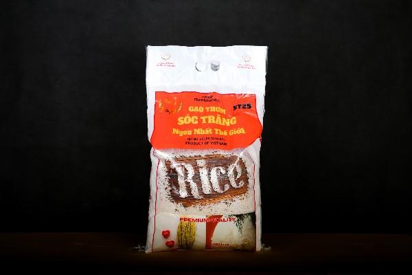 Khách hàng hoàn toàn yên tâm về sản phẩm tại cửa hàng gạo sạch EcoLife, chúng tôi cam kết bao đổi trả và bồi thường gấp đôi nếu phát hiện gạo giả, gạo nhái, kém chất lượng.