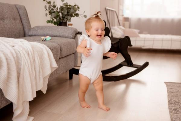 Sữa Aptamil Anh số cung cấp nhiều Vitamin và khóa chất cho sự phát triển của bé